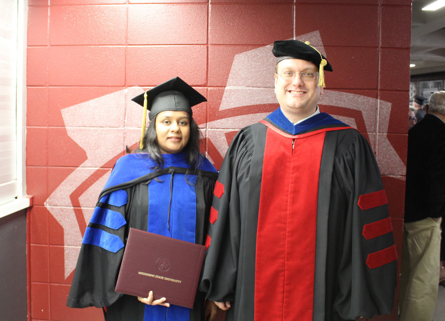 Dinusha and Dr. Fitzkee at Graduation 2018